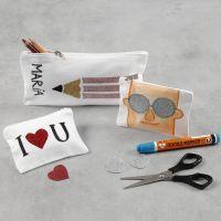 Pennal og pung dekorert med glitter strykestoff og tekstiltusj
