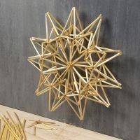 Stort stjerne oppheng av halmstrå