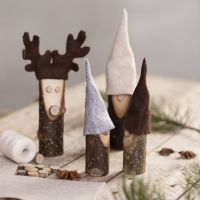 Snutenisse og reinsdyr av trepinne